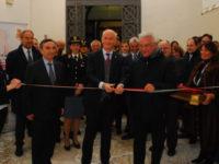 Inaugurata a Salerno la mostra fotografica della Polizia Scientifica sui fatti storici dell'Italia