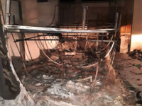 Incendio in un garage a Buonabitacolo. Carro allegorico del Carnevale distrutto dalle fiamme