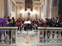 """Forti emozioni a Sanza per il concerto """"Note di Primavera"""" con le colonne sonore di Ennio Morricone"""