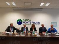"""Sant'Arsenio: presentato alla Banca Monte Pruno il libro """"Il giudice brigante"""" di Felice De Martino"""