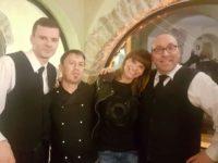 Atena Lucana: la cantante Alessandra Amoroso visita l'Hotel Villa Torre Antica