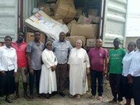"""""""Una mano per Makoko"""". Da Montesano aiuti umanitari per la più grande bidonville africana"""