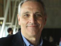 Maurizio De Giovanni, creatore dei Bastardi di Pizzofalcone, domani ospite di Eboli Legge 2019