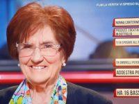 """Nonna Rosetta di Casa Surace ospite su Rai 1 del programma """"I soliti ignoti"""""""