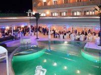 Atena Lucana: al Grand Hotel Osman ogni giorno frizzanti aperitivi in piscina
