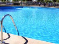 Tragedia sfiorata a Battipaglia. Bambino rischia di annegare in un parco acquatico, salvato dal padre