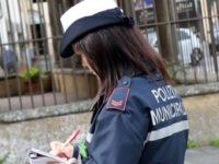 Monte San Giacomo: l'agente della Municipale Mimma Ramagnano consegna alla giustizia un ricercato