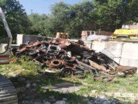 Scoperta una discarica di rifiuti speciali a Contursi Terme. Denunciato il titolare di un'officina