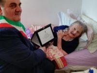 La comunità di Ricigliano in festa per i 100 anni di nonna Gilda Macchiarelli