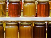 7mila vasetti di miele privi di indicazioni obbligatorie pronti per la vendita. Sequestro a Battipaglia