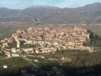 L'11, 12 e 13 agosto Rosa Penna e Pasquale Corvino espongono a Teggiano i dipinti della loro collezione