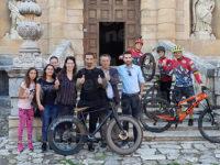 Padula:Vittorio Brumotti in sella alla sua bici gira in Certosa immagini per lo spot del Parco Nazionale