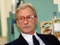 """""""Questo Governo è uno zoo di terroni"""", il direttore di """"Libero"""" Vittorio Feltri denunciato a Salerno"""
