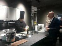 Sala Consilina: da Galatro Arredamenti show cooking dello Chef Verta per la presentazione Stosa Point