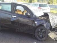 Auto si schianta in A2 a Padula. Coinvolta una famiglia, bambini tra i feriti