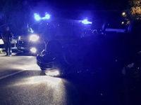 Scontro tra auto sulla SS19 tra Caggiano e Auletta, una si ribalta. Due feriti