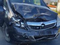Incidente stradale lungo la Nazionale ad Atena Lucana. Ferita una donna di Caggiano