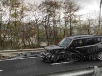 Scontro tra auto sul raccordo Sicignano-Potenza a Tito, una viaggiava contromano. Tre feriti
