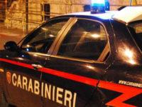 Minaccia di morte i genitori con un grosso coltello. Arrestato 37enne a Lauria