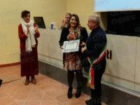 Sanza: assegnato il Premio Mentes 2019 alla famiglia Confuorto e alla giovane studentessa Erika Pinto