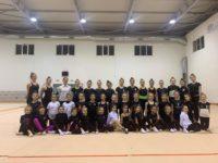"""Laura Barone e Filomena Marmo della """"Danza e Ginnastica Kodokan"""" nel Gruppo Gold di Ritmica regionale"""