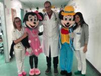 Ospedale Polla. Un sorriso in Pediatria e Ginecologia con la visita inaspettata di Minnie e Topolino