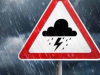 Temporali e raffiche di vento in Campania. Allerta meteo Arancione della Protezione Civile
