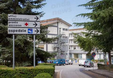 """Covid-19. Consegnato all'ospedale """"Luigi Curto"""" di Polla l'apparecchio per  analizzare i tamponi - Ondanews.it"""