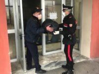 Covid-19: positivo ad Auletta ricoverato senza effetti personali. Carabinieri glieli consegnano in ospedale