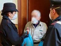 Coronavirus, anziani in quarantena a Piaggine. Carabinieri si prendono cura dei loro animali