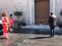 Caggiano: una pianta sul sagrato della chiesa di Sant'Antonio per salutare don Alessandro Brignone
