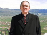 """Teggiano: docente dà uno schiaffo ad un suo alunno. Il Vescovo De Luca in visita al """"Leto"""":""""Vicini alla scuola"""""""