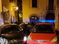 Vìola norme anti Covid-19 per andare dalla fidanzata a Salerno,guida senza patente e va a sbattere.Denunciato