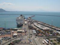 Rimpatri dopo l'emergenza sanitaria. Arrivata al Porto di Salerno una nave da Tunisi con circa cento italiani