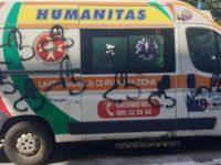 Sdegno a Salerno. Ignoti vandalizzano un'ambulanza mentre i sanitari sono impegnati a soccorrere una persona