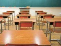 """""""Se si ferma la scuola si ferma l'economia. Vaccinare subito gli insegnanti"""". L'appello di Orizzonte Docenti"""