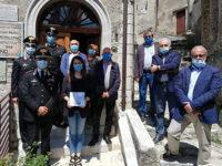 """Consegnato a Padula il libro """"Ho tanta storia"""" che celebra gli 80 anni del Museo Storico dei Carabinieri"""