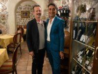 Visita a sorpresa al Villa Torre Antica di Atena Lucana. A cena l'attore Rocco Papaleo