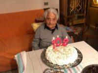 A Tramutola nonna Matilde Ferretti spegne 102 candeline tra i sorrisi della sua famiglia