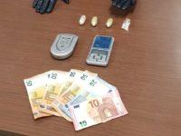 Sapri: si mostra agitato all'alt dei Carabinieri, trovato con involucri di eroina. Arrestato imprenditore