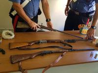 Nasconde in casa armi con matricola abrasa e cartucce. In manette 55enne di Morigerati