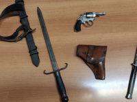 Litiga con la moglie, intervengono i Carabinieri e gli trovano una pistola clandestina. Arrestato a Pignola