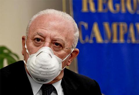Covid-19, controlli su chi arriva in Campania dall'estero. I chiarimenti  all'ordinanza del Presidente De Luca ...