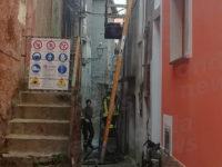 Paura nel centro abitato di Sanza. Scoppia un incendio in un'abitazione, Vigili del Fuoco evitano il peggio