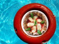 """Tutte le domeniche di luglio imperdibile offerta """"Pool & Pizza"""" a L'Araba Fenice di Altavilla Silentina"""