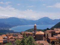 San Giovanni a Piro: il Comitato Terra Nostra distribuisce 300 mascherine alle attività commerciali