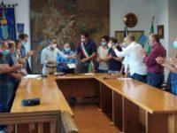 Raccoglie rifiuti sulle spiagge, encomio solenne del Comune di San Giovanni a Piro ad un cittadino virtuoso