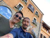 """Atena Lucana: Brumotti al Villa Torre Antica. """"Tornerò qui in bici quando verrà completato il ponte tibetano"""""""
