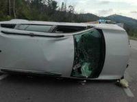 Perde il controllo dell'auto sulla Strada Cilentana a Vallo della Lucania e si ribalta. Ferito