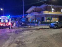 Teggiano: scontro tra due auto nella frazione di Prato Perillo. Feriti un uomo e una ragazza